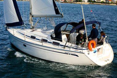 bavaria33_cruiser