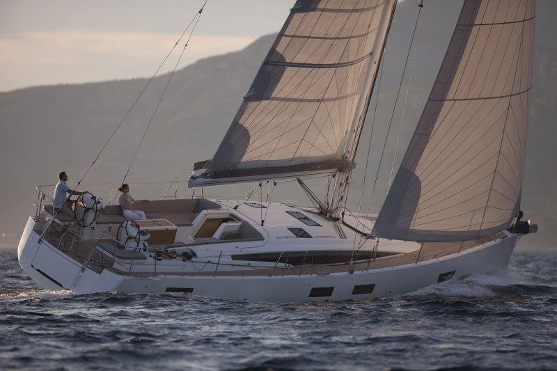 jeanneau54_sailing